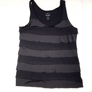 Old Navy ruffled tank black